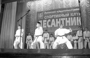 КУЗНИЦА КАДРОВ