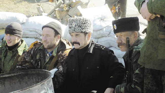 Атаман Таманского отдела Иван Безуглый с казаками на Перекопе
