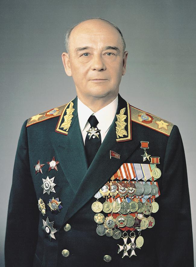 Маршал Советского Союза Сергей Соколов, уволенный вотставку после «дела Руста»