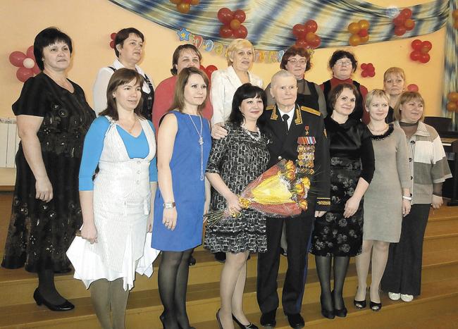 Геннадий Николаевич ипедагогический коллектив Ляминской основной школы, носящей его имя. Февраль 2013года