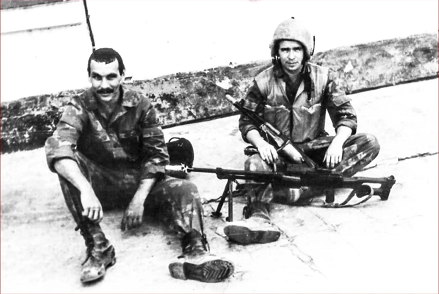 Бойцы группы Михаила Головатова вовремя боевой стажировки вДРА. Сорок суток они безвылазно провели натерритории Афгана. Фото 1984года