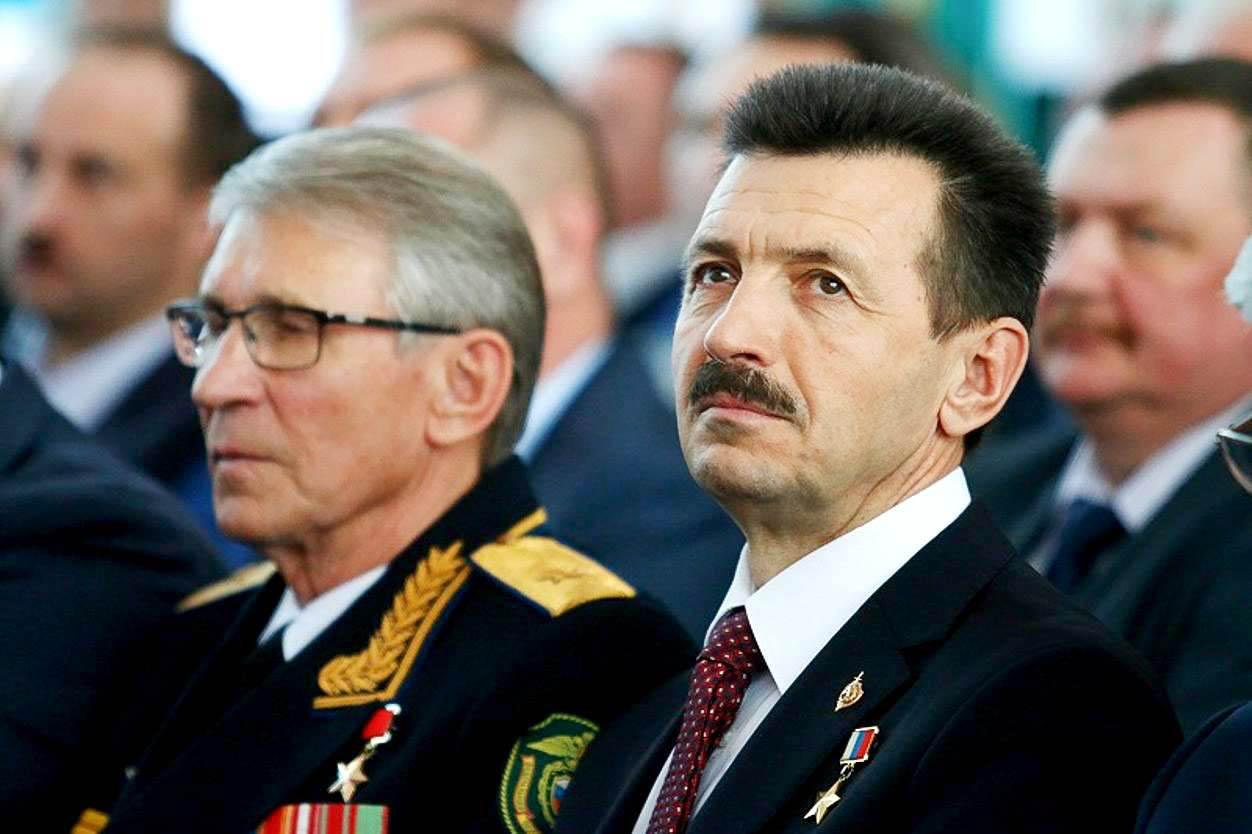 Командир Группы «А» КГБ СССР в 1974‑1977 годах, Герой Советского Союза Виталий Бубенин и Евгений Шендрик (краснодарская «Альфа»)