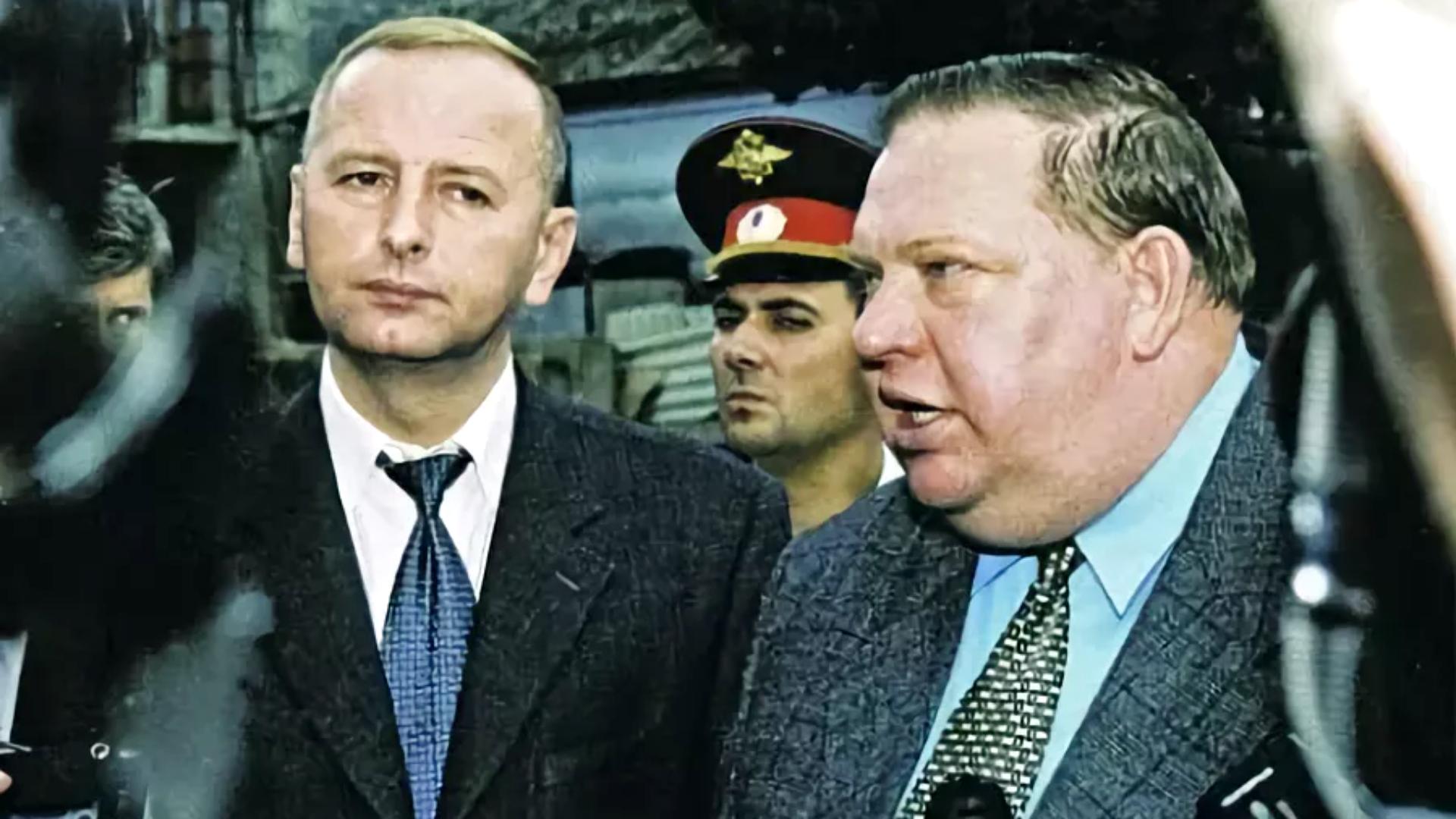 Герман Угрюмов (на снимке справа) был одной из ключевых фигур на Северном Кавказе во время второй чеченской войны. Фото Виктора Клюшкина / ТАСС