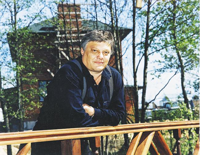 Герой Советского Союза Виктор Фёдорович Карпухин (1947-2003). Именно он, каккомандир Группы «А» КГБ СССР, ждал приказа обаресте Бориса Ельцина. Инеполучил его